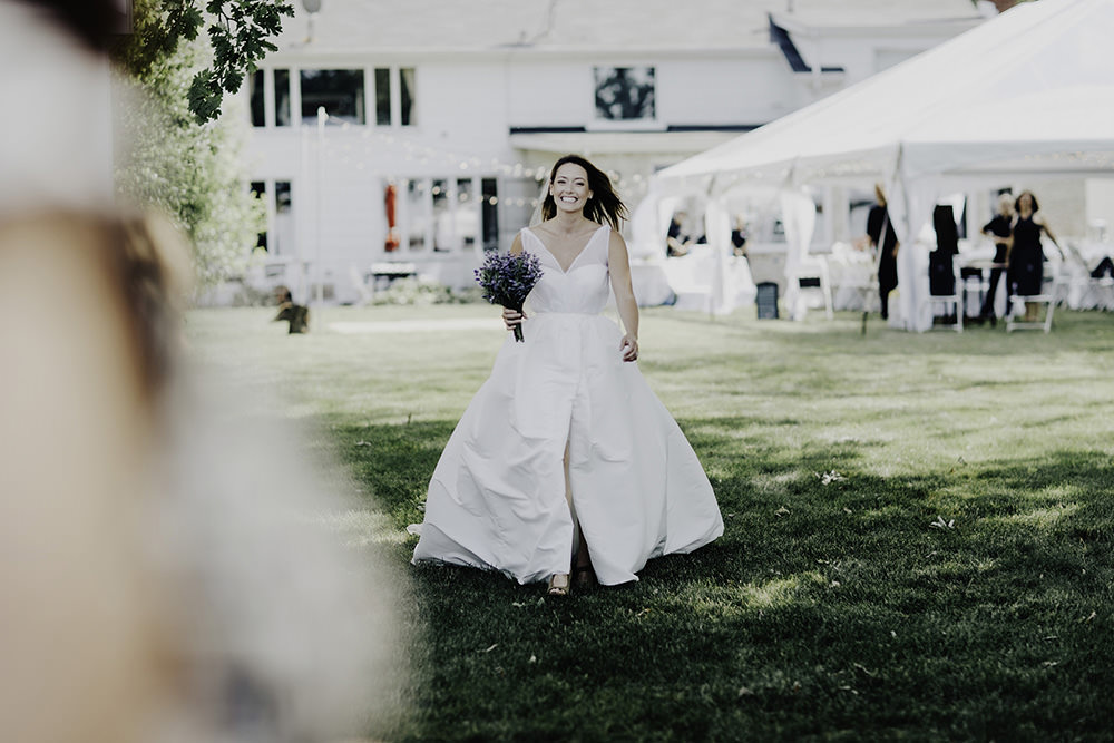 lake-erie-airbnb-backyard-wedding-cleveland-ohio-036