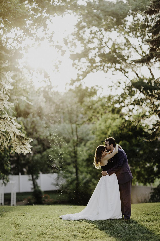 lake-erie-airbnb-backyard-wedding-cleveland-ohio-067