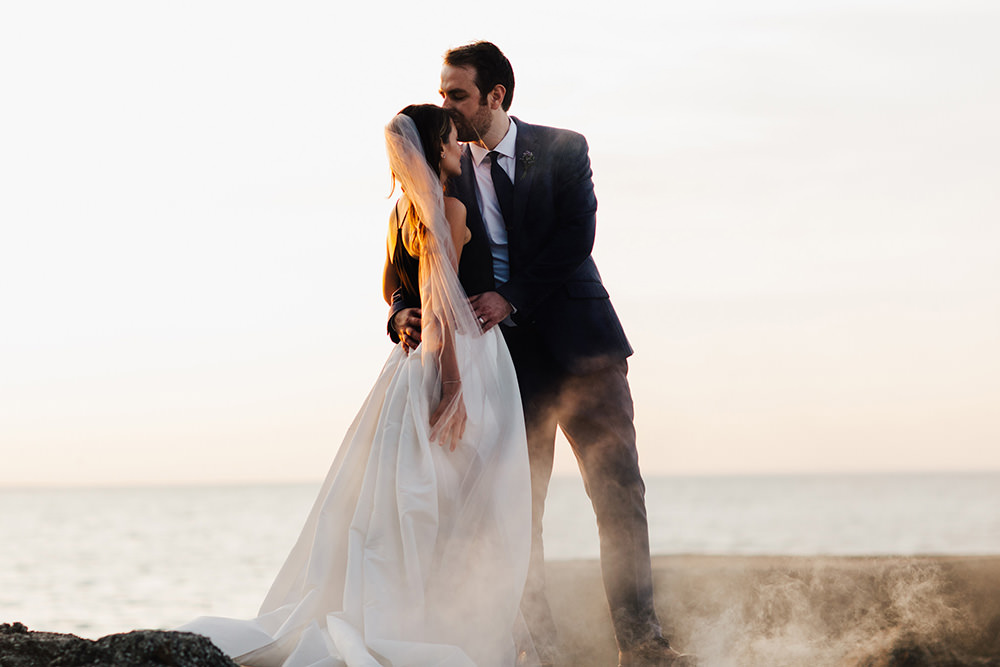 lake-erie-airbnb-backyard-wedding-cleveland-ohio-074