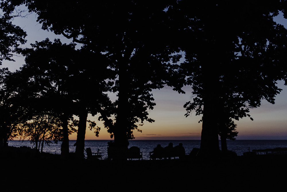 lake-erie-airbnb-backyard-wedding-cleveland-ohio-088