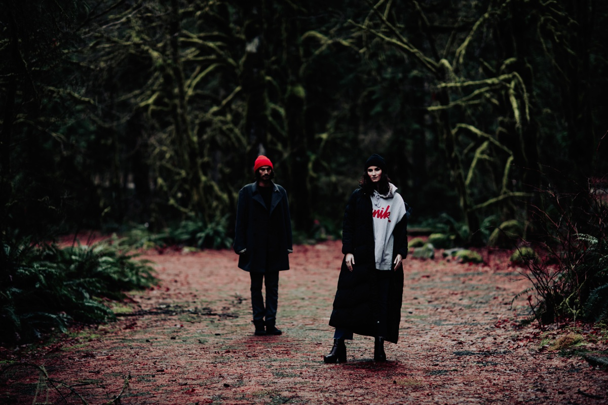 Wenatchee-national-forest-engagement-session-photographer-002.jpg
