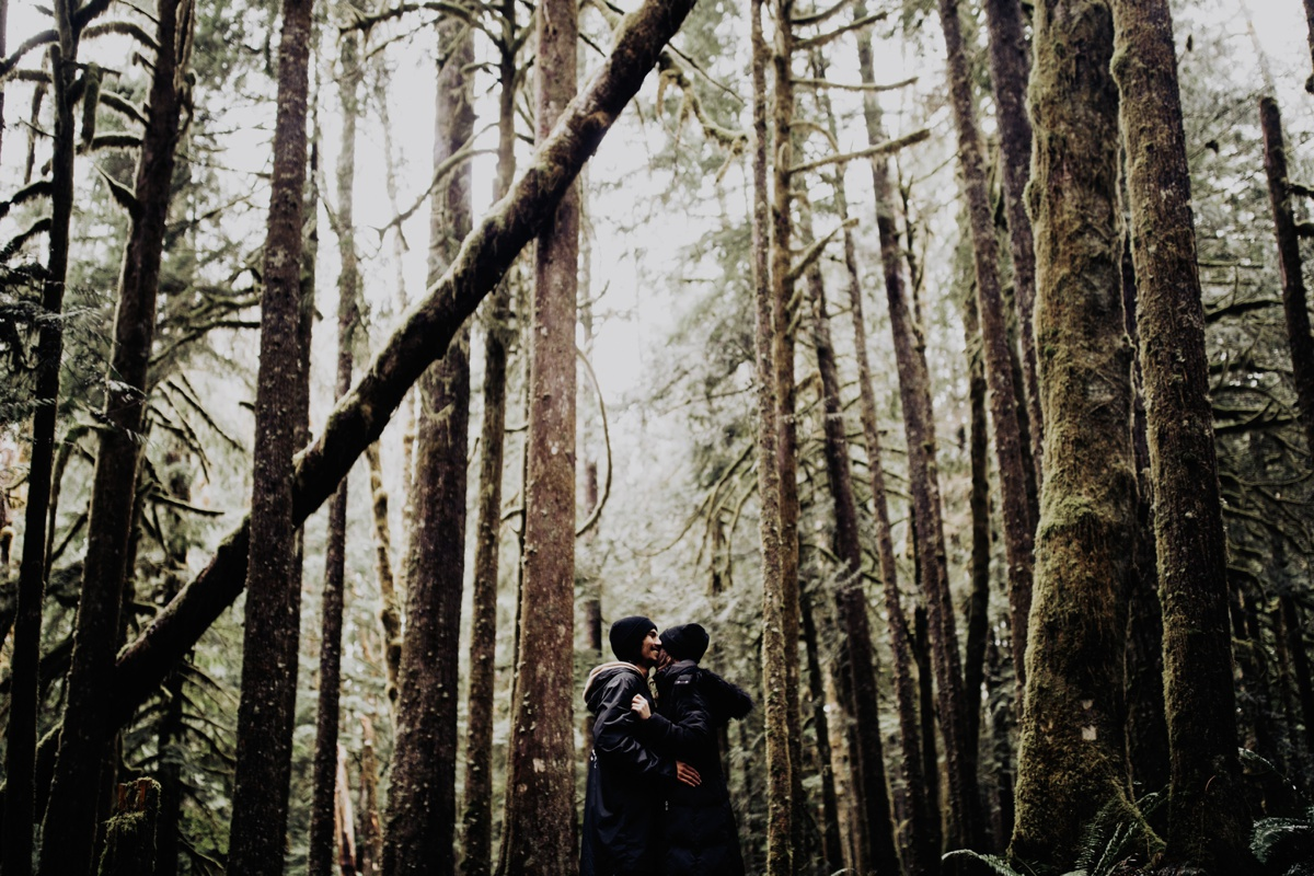 Wenatchee-national-forest-engagement-session-photographer-007.jpg