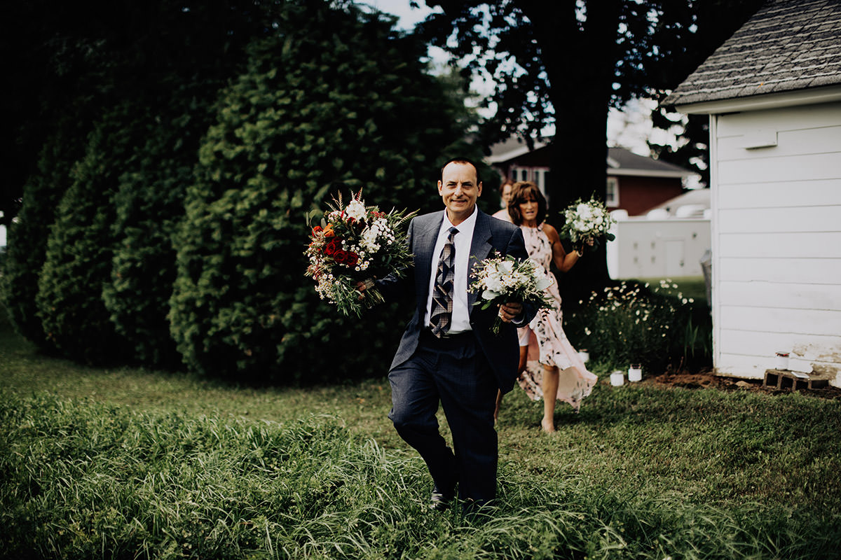 cleveland-backyard-wedding-best-cleveland-wedding-photographer-addison-jones-photography-0019.jpg