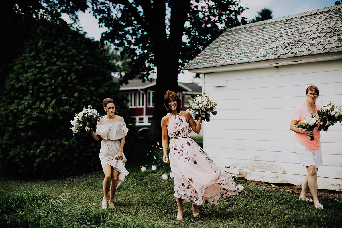 cleveland-backyard-wedding-best-cleveland-wedding-photographer-addison-jones-photography-0020.jpg
